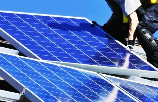 Cara Memilih Solar Panel yang Berkualitas dan Tahan Lama
