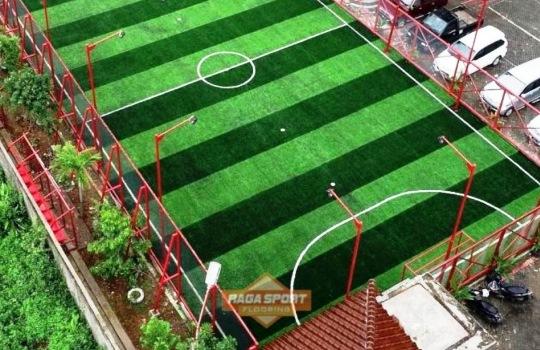 Keuntungan Menggunakan Rumput Futsal Sintetis yang Perlu Diketahui